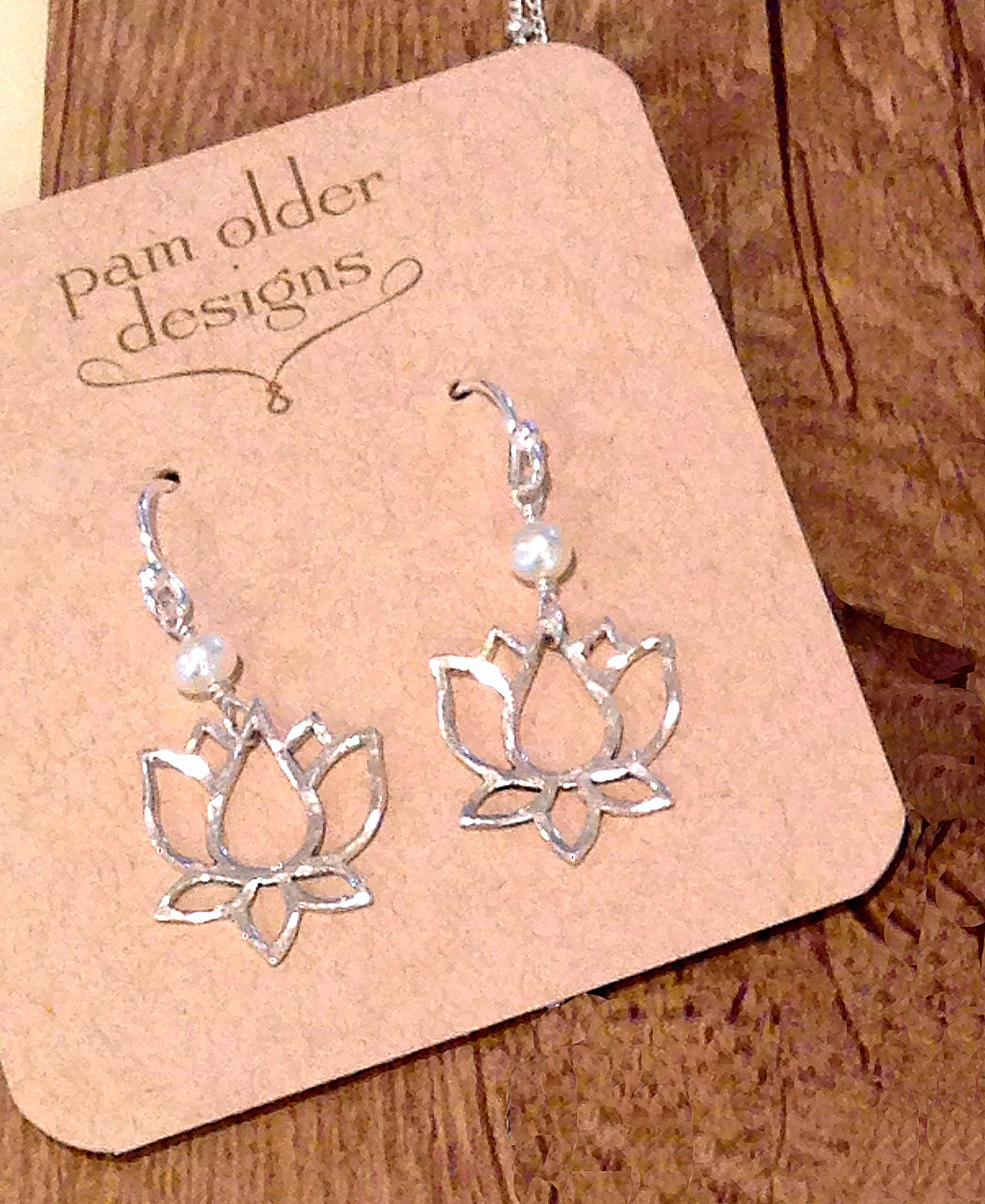 earrings-lotus-pearl.jpg